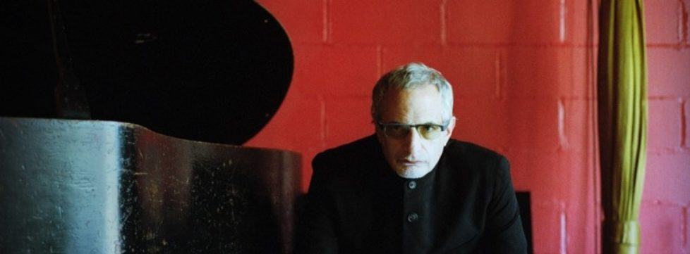Donald_Fagen_New_Pic_12_18_photocredit_WMG