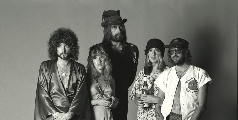 Fleetwood_Mac_Rumours_35th_Booklet_Press_Pic_00_photocredit_Herbert_Worthington-px800
