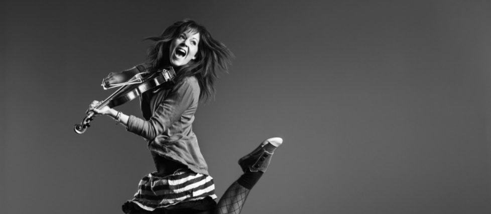 lindsey_stirling_press_1_hiRes-800px