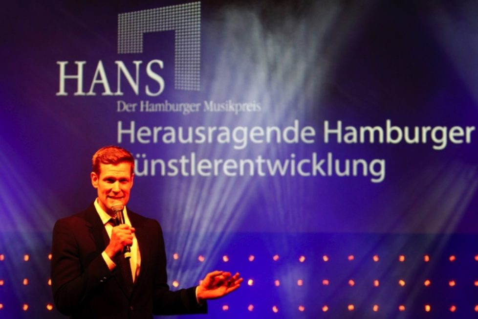 Goetz-Buehler-HANS-2014-px700