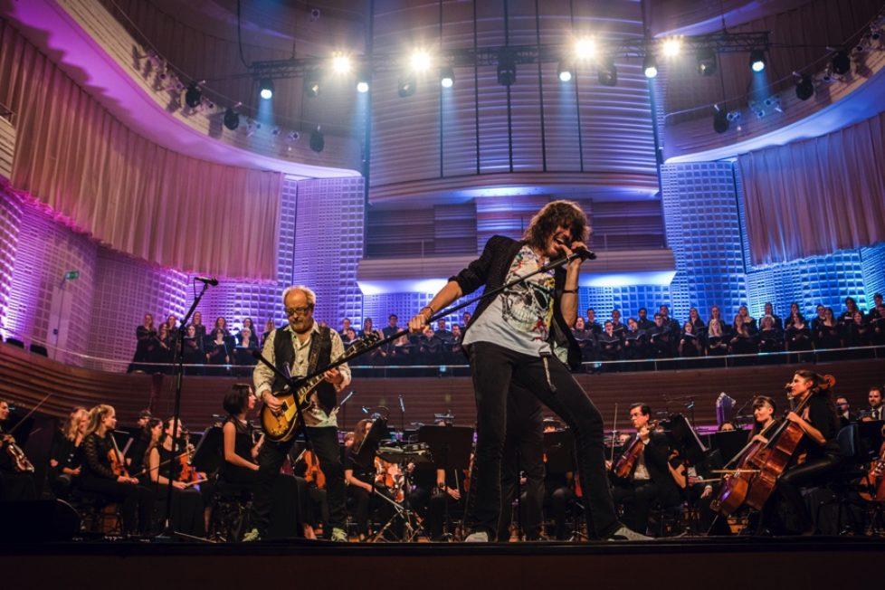 Foreigner-Orchestral-2018-Photocredit-Karsten-Staiger-px900