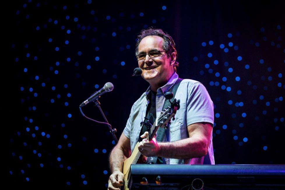 Neal-Morse-02-2018-Photocredit-Joel-Barrios-px900