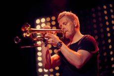 Nils-Wülker-Decade-Live-Photocredit-Florian Arvanitopoulos-72dpi-px900