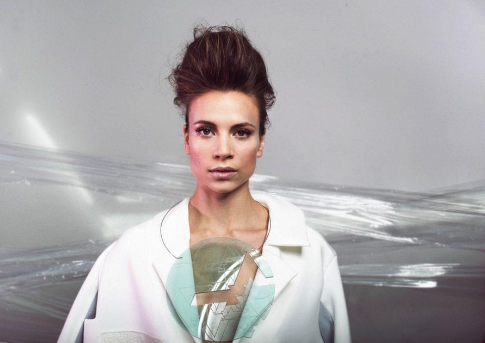 Leona-Berlin-Promo-1-CMYK-photocredit-Marlen-Abrecht-px900
