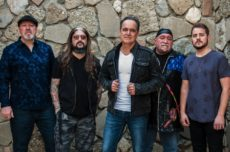 Neal-Morse-Band-1-2018-Photocredit-Robert-Smith-px1000