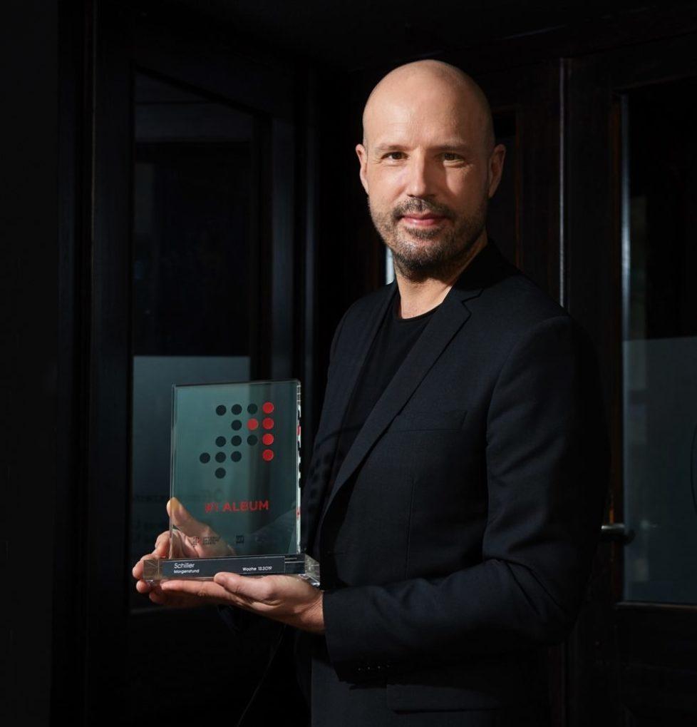 SCHILLER-Morgenstund-Nummer-1-GFK-Award-Photocredit-Juergen-Mai-px1000