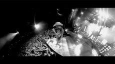 Jason-Aldean-9-Motiv-1-video-We-Back-Photo-Credit-BBR-BMG-1000px