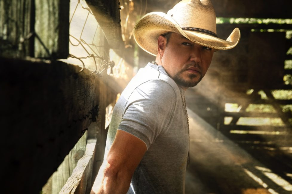Jason-Aldean0322-v2-treatment4-x3-Photo-Credit-Joseph-Llanes-1000px