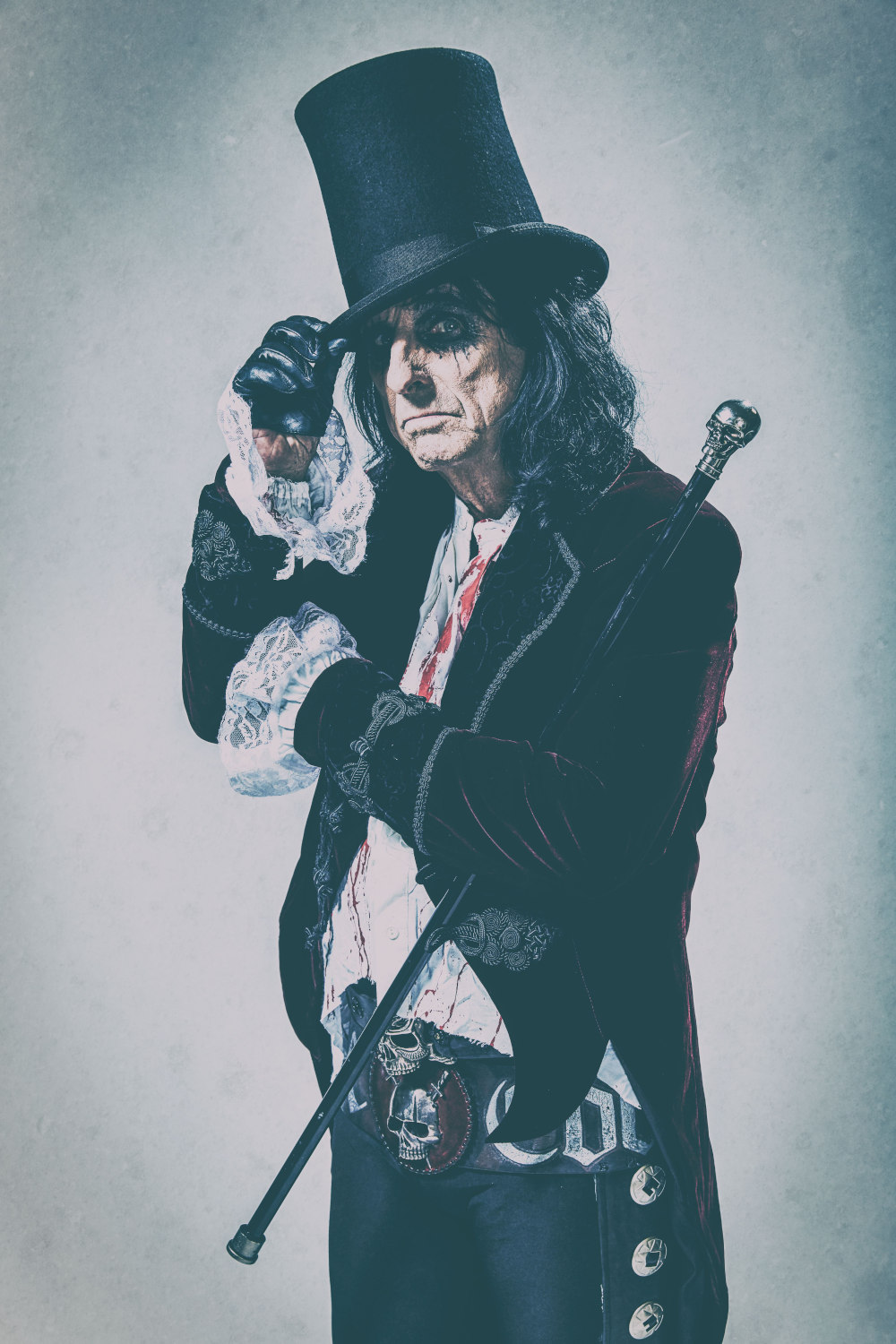 Alice Cooper-press-pictures-online-print-copyright-earMUSIC-photo-credit-Rob-Fenn-1000px