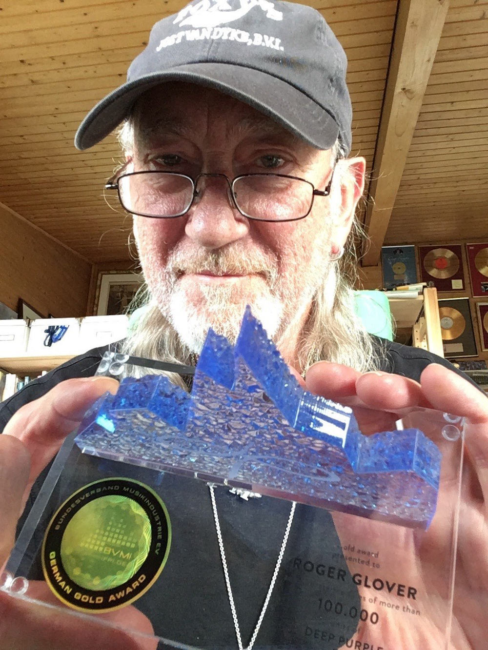 Deep-Purple-Roger-Glover-inFinite-Gold-Award-2020-Photo-Credit-Roger-Glover-1000px