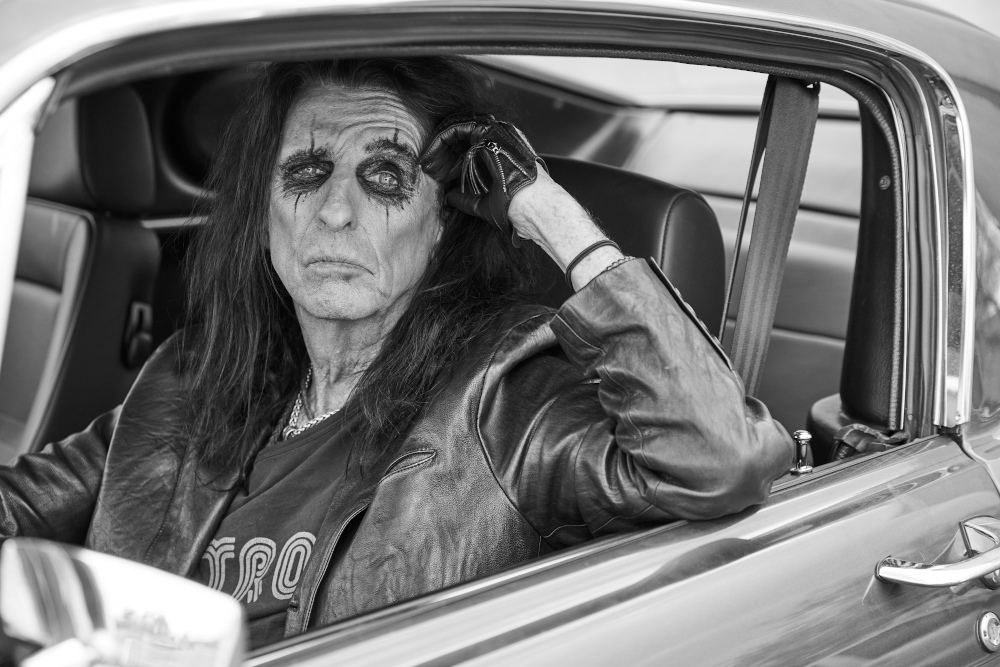 Alice_Cooper_Detroit_Stories_PressPicture_Copyright_earMUSIC_Photo_Credit_Jenny_Risher_loRes_1000px